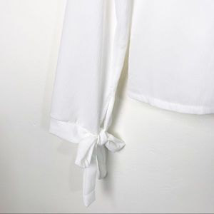 Boohoo Tops - 🛍 BOOHOO White Ruffle Blouse